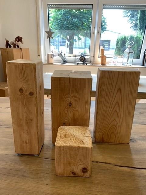 Fichtenholzsäule gehobelt, geschliffen, angefast 25x25x40cm